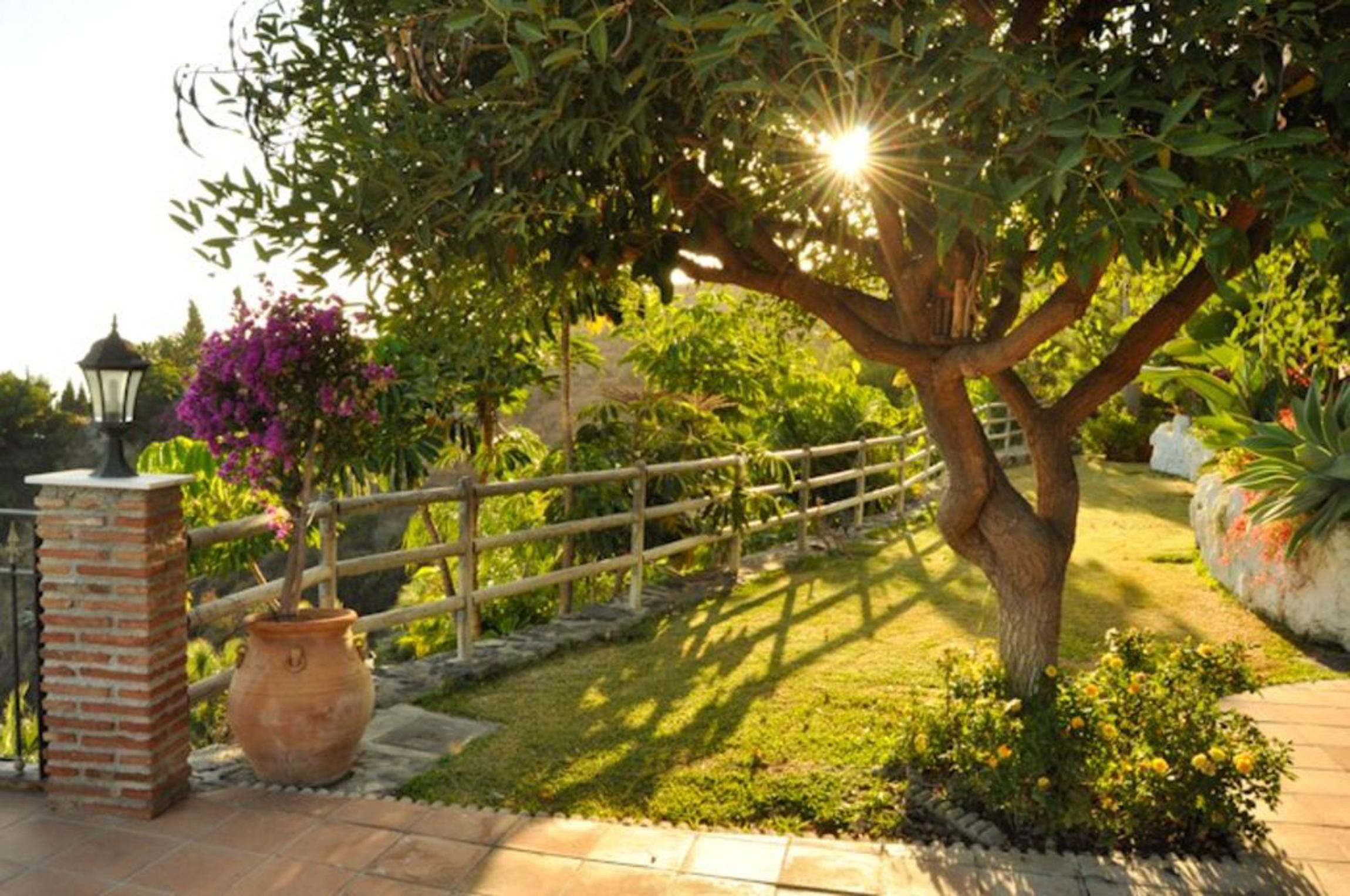 Villa La Raijana mit privatem Pool Jacuzzi und hoher